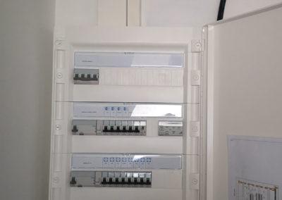 MK ELEC électricien rennes neuf et renovation securite surveillance peit tertiaire depannage par simon chefdor installlation électrique neuf MK-ELEC - électricien Rennais - électricité à Rennes - Dépannage - Neuf & Rénovation Installation électrique pour des maisons neuves